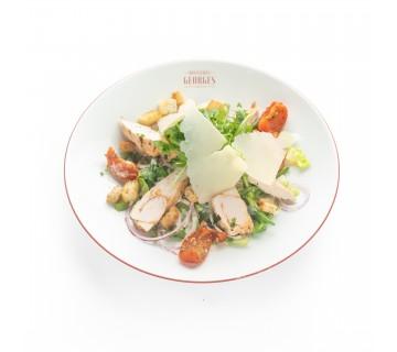 Salade César, copeaux de parmesan.