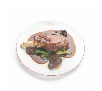 Côte de veau, jus de veau aux morilles et gratin dauphinois